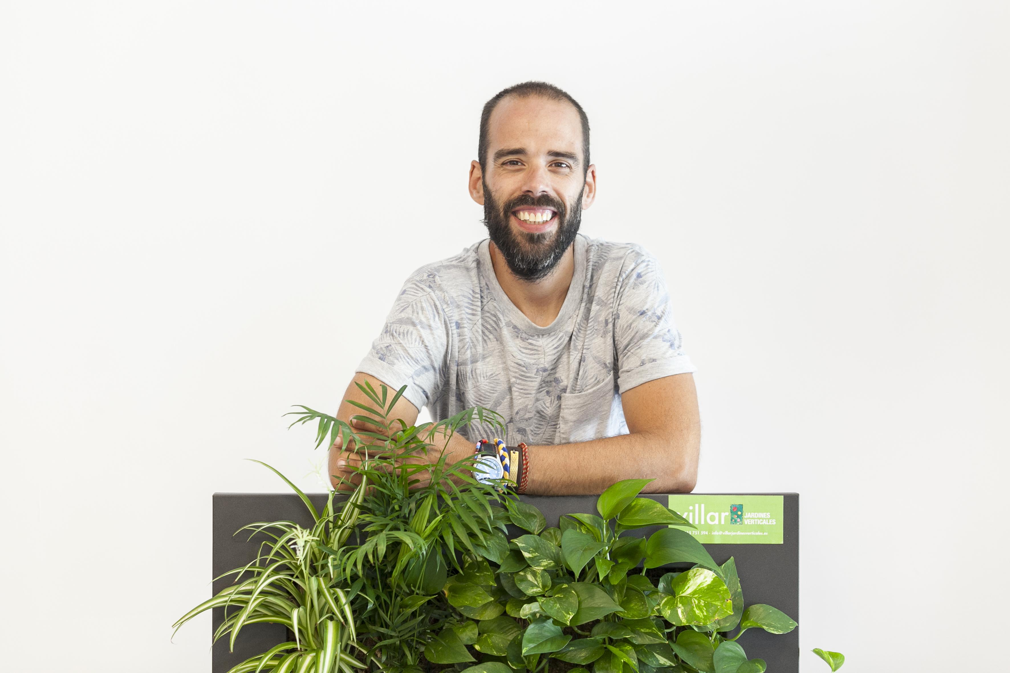 Juan gabriel jardines verticales villar knowhere denia for Jardines verticales introduccion